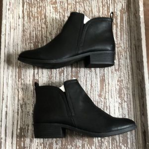 🌟🌟🌟 American Rag ankle boots